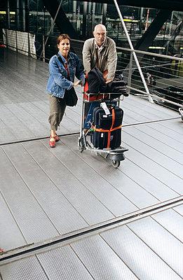 Am Flughafen - p3050073 von Dirk Morla