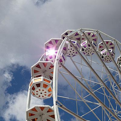 Fun Fair - p1138m2026125 by Stéphanie Foäche