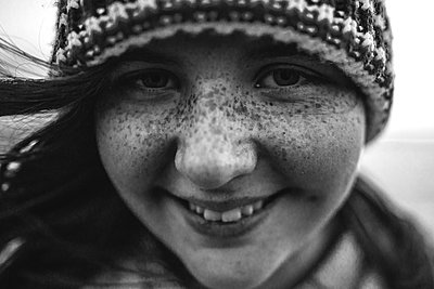 Girl  - p1507m2022494 by Emma Grann