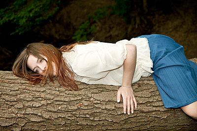 Tree-hugging woman - p7270004 by Stephan Sasek
