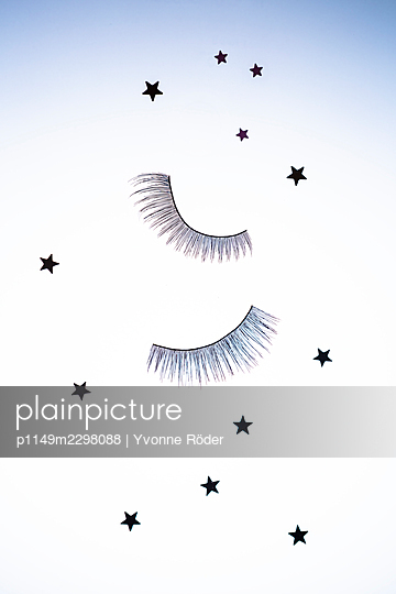Fake lashes - p1149m2298088 by Yvonne Röder