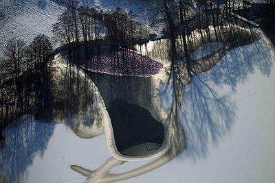 Lakeside in Winter - p1016m1590768 by Jochen Knobloch