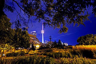 CN Tower in Toronto - p177m1332511 von Kirsten Nijhof