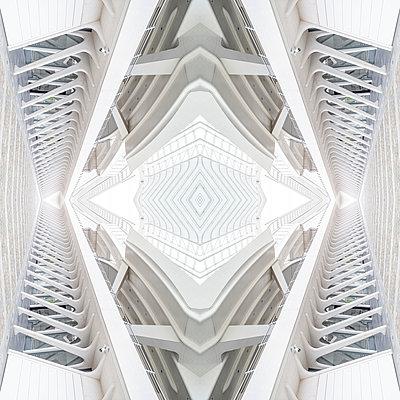 Abstract kaleidoscope pattern Liège-Guillemins station in Liège - p401m2207478 by Frank Baquet