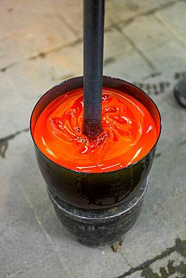 Glass factory - p1216m2260932 von Céleste Manet
