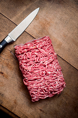 Fresh minced meat - p947m2178574 by Cristopher Civitillo