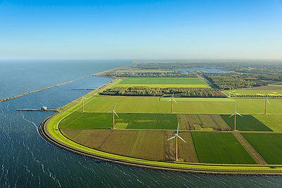Coast new land - p1120m1042452 by Siebe Swart