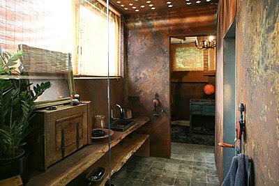 Bathroom with corten steel wall cladding - p300m2013005 von realitybites