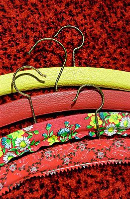 Kleiderbügel - p1650134 von Andrea Schoenrock
