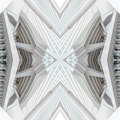 Abstract kaleidoscope pattern Liège-Guillemins station in Liège - p401m2209308 by Frank Baquet