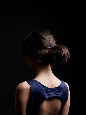 Portrait of a young woman - p5840764 by ballyscanlon