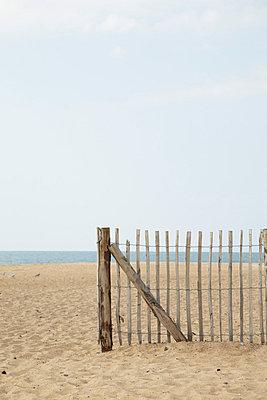 Beach - p4642107 by Elektrons 08