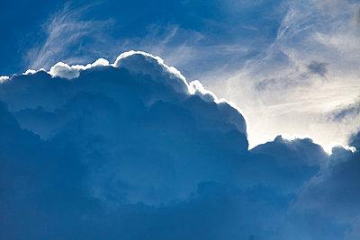 blue cloud - p1553m2142507 by matthieu grospiron