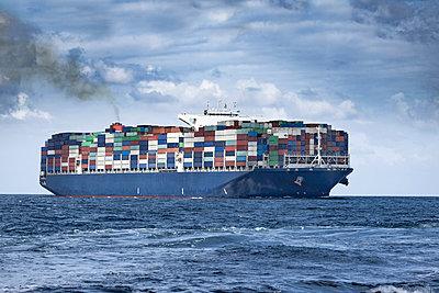 Spain, Andalusia, Strait of Gibraltar, Cargo ship - p300m2103242 by Sebastian Kanzler