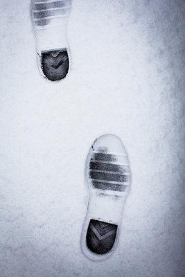Spuren im Schnee - p756m787359 von Bénédicte Lassalle