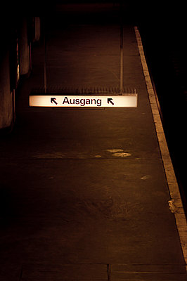 Pedestrian underpass - p979m910074 by Lobo