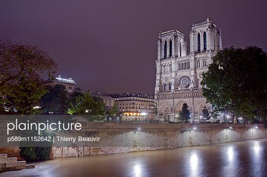 p589m1152642 von Thierry Beauvir