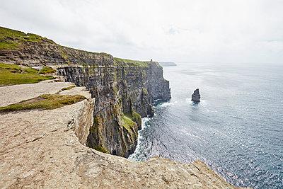 Clare, Cliffs of Moher - p1272m1460804 von Steffen Scheyhing