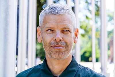 Portrait of a confident mature man - p300m2030306 by Tom Chance