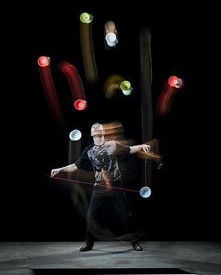 Showproject Artisten - p743m1194789 von Stefan Freund
