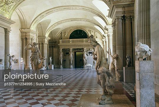 Caryatid Room - p1377m1234995 by Susy Mezzanotte