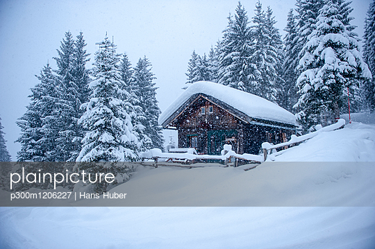 Austria, snow-covered hunting lodge