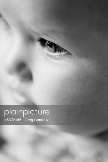 Freundliches Baby - p5672188 von Greg Conraux