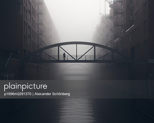 Morning in the Speicherstadt - p1696m2291370 by Alexander Schönberg