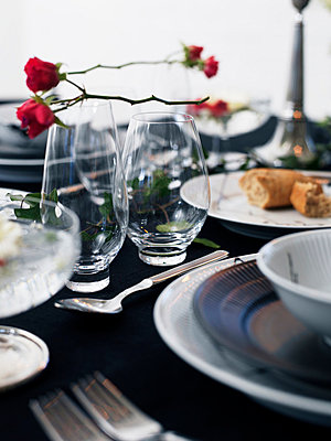 Elegant place setting with roses - p31225142 by Peter Carlsson