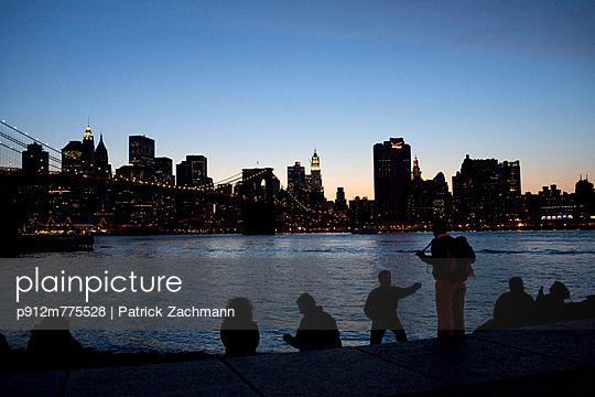p912m775528 von Patrick Zachmann