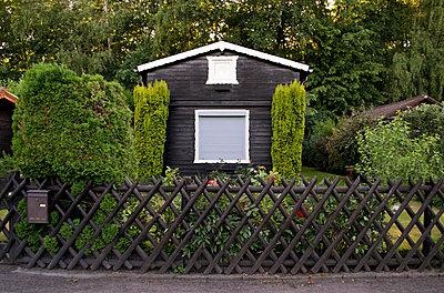 Garden house - p1199m1050875 by Claudia Jestremski