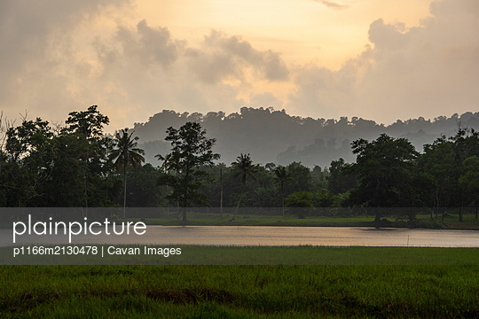 sunset close to Khao Lak - p1166m2130478 by Cavan Images