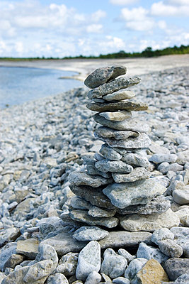 Stones piled up on each other - p4264557f by Lars Carlström