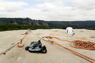 Climbing equipment - p5460013 by Benjamin Wieg