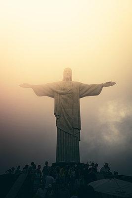 Jesus Christ the Redeemer statue - p300m884773 by Alejandro Moreno de Carlos