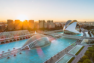 City of arts and sciences in Valencia - p1332m1539653 by Tamboly