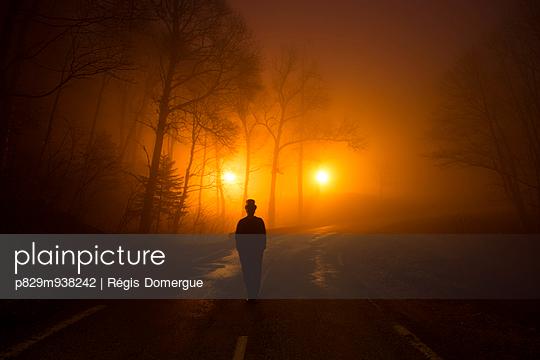 Strange - p829m938242 by Régis Domergue