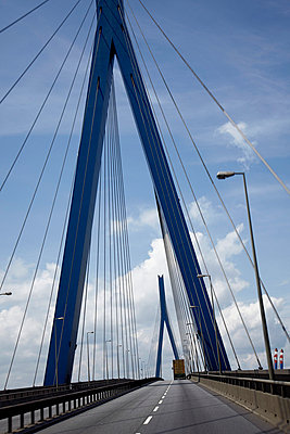 Köhlbrandbrücke - p8630046 von Philipp Schmitz