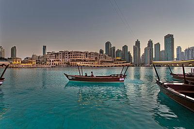 Dubai - p1276m1092494 by LIQUID