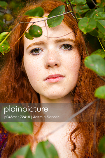 p045m1172419 by Jasmin Sander