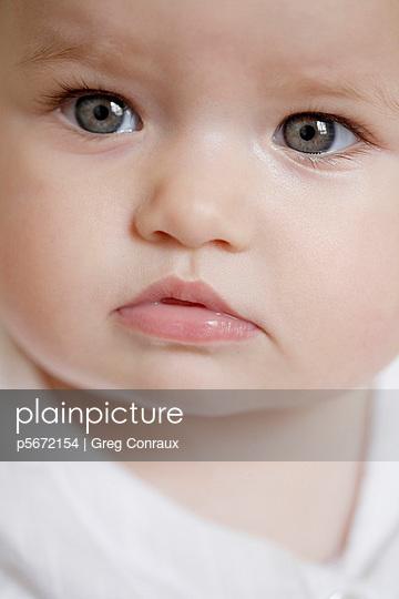Verwunderter Blick - p5672154 von Greg Conraux