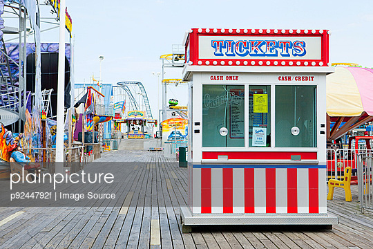 Ticket booth on boardwalk at seaside heights, new jersey - p9244792f by Image Source