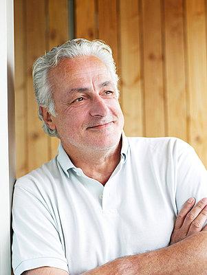 Portrait eines älteren Mannes  - p6430068 von senior images