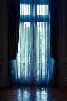 Atmospheric old fashioned interior - p1170m1125320 by Bjanka Kadic