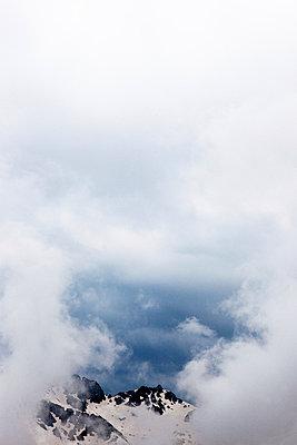 Wolkenloch - p637m924290 von Florian Stern