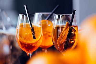 Aperitif spritz drinks - p301m2039640 by Norman Posselt