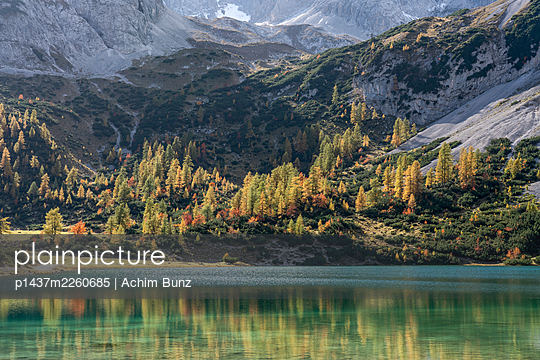Lake Seebensee, Mieminger Mountains, Switzerland - p1437m2260685 by Achim Bunz
