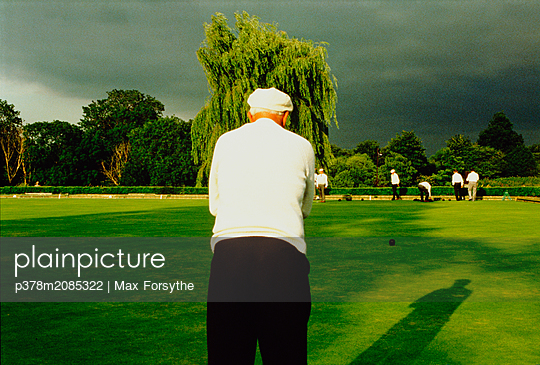 Bowling Green - p378m2085322 by Max Forsythe