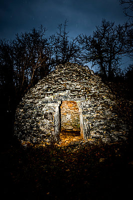 Old stone hut - p248m1004077 by BY