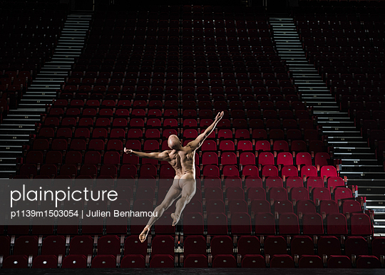 Naked male dancer on stage - p1139m1503054 by Julien Benhamou